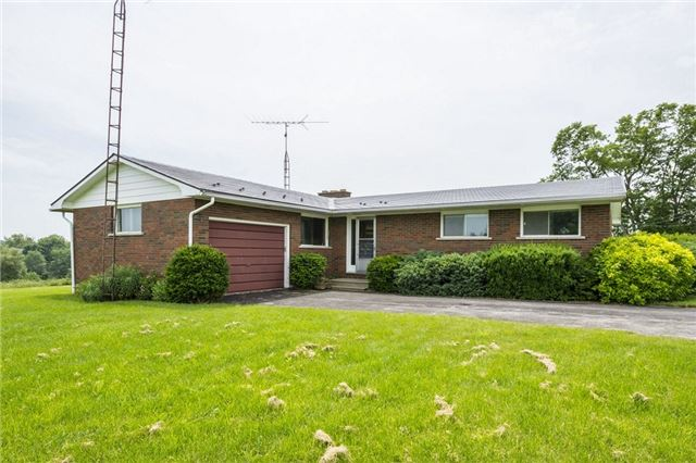 Detached at 80 Scotts Mills Rd, Prince Edward County, Ontario. Image 1