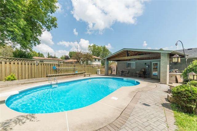 Detached at 16 Cedar Ridge Dr, Kawartha Lakes, Ontario. Image 14
