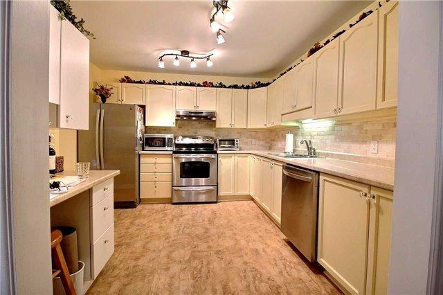Condo Apartment at 8 Talbot St, Unit 224, Picton, Ontario. Image 3