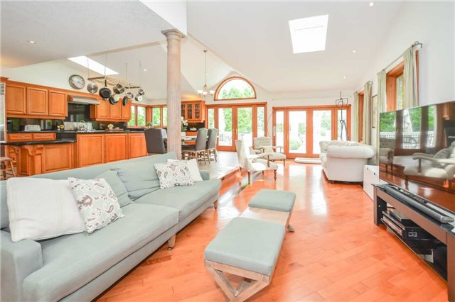 Detached at 159 Carter Rd, Puslinch, Ontario. Image 2