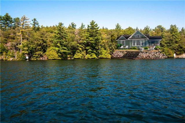 Cottage at 5&6 Six Mile Lake, Georgian Bay, Ontario. Image 2