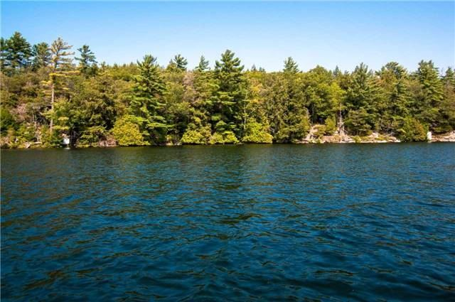 Cottage at 5&6 Six Mile Lake, Georgian Bay, Ontario. Image 3