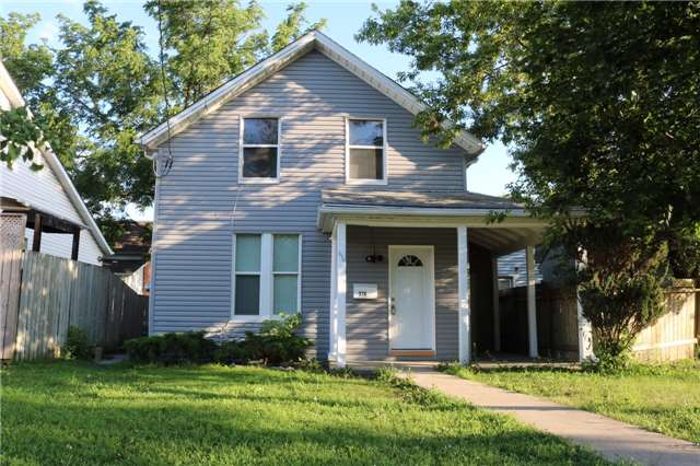 Triplex at 376 Glendale  Ave, St. Catharines, Ontario. Image 1