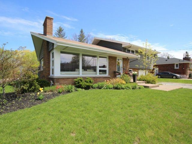 Detached at 23 Burwell Ave, Hamilton, Ontario. Image 12