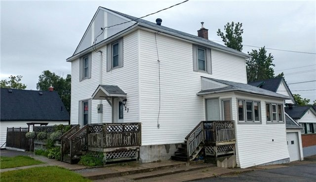 Detached at 27 Bloor St, Greater Sudbury, Ontario. Image 4