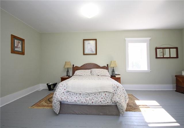 Rural Residence at 280 Fallis Line Line, Cavan Monaghan, Ontario. Image 7