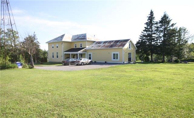 Rural Residence at 280 Fallis Line Line, Cavan Monaghan, Ontario. Image 9