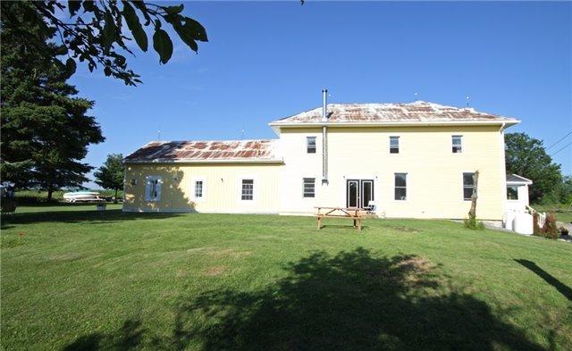 Rural Residence at 280 Fallis Line Line, Cavan Monaghan, Ontario. Image 11