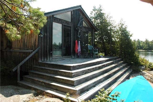 Cottage at 1 A418 Island, The Archipelago, Ontario. Image 8