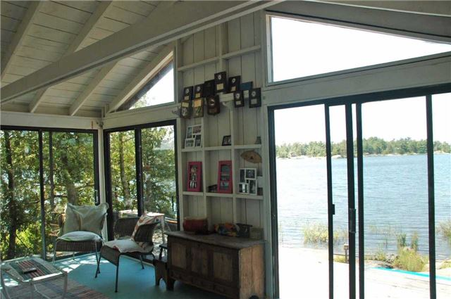 Cottage at 1 A418 Island, The Archipelago, Ontario. Image 9