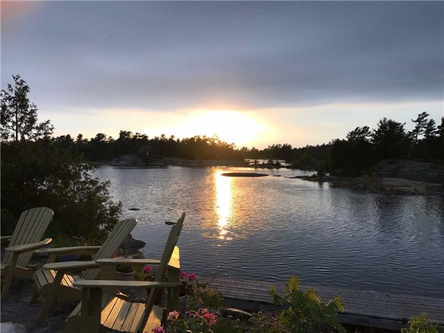 Cottage at 1 A418 Island, The Archipelago, Ontario. Image 11