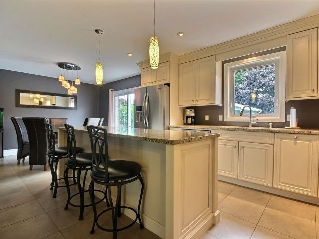 Detached at 1312 Wigle Grove Rd, Kingsville, Ontario. Image 15