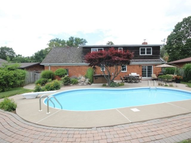 Detached at 1312 Wigle Grove Rd, Kingsville, Ontario. Image 7