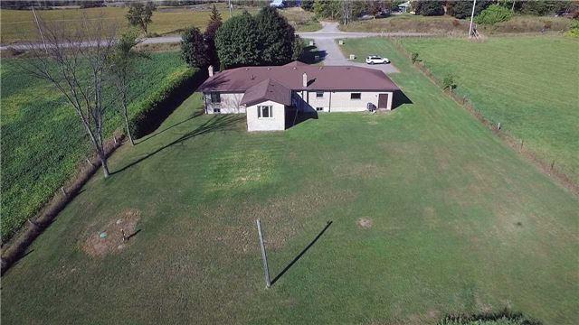 Detached at 516 County Rd 121, Kawartha Lakes, Ontario. Image 12