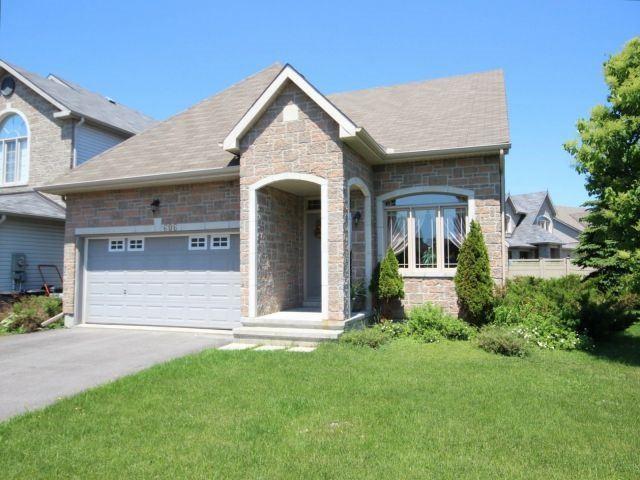 Detached at 606 Pine Vista Dr, Ottawa, Ontario. Image 1