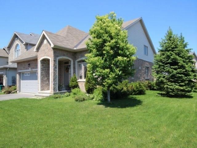Detached at 606 Pine Vista Dr, Ottawa, Ontario. Image 12
