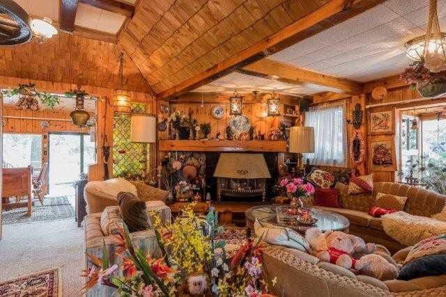 Cottage at 3 Island 2, Havelock-Belmont-Methuen, Ontario. Image 4