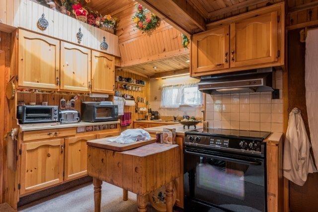 Cottage at 3 Island 2, Havelock-Belmont-Methuen, Ontario. Image 7