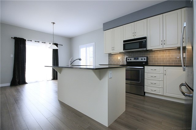 Semi-detached at 54 Cannery Dr, Niagara-on-the-Lake, Ontario. Image 16