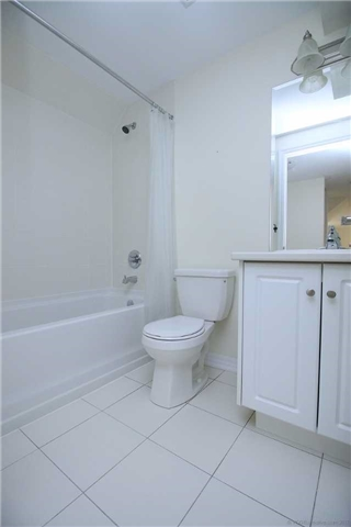 Semi-detached at 54 Cannery Dr, Niagara-on-the-Lake, Ontario. Image 10
