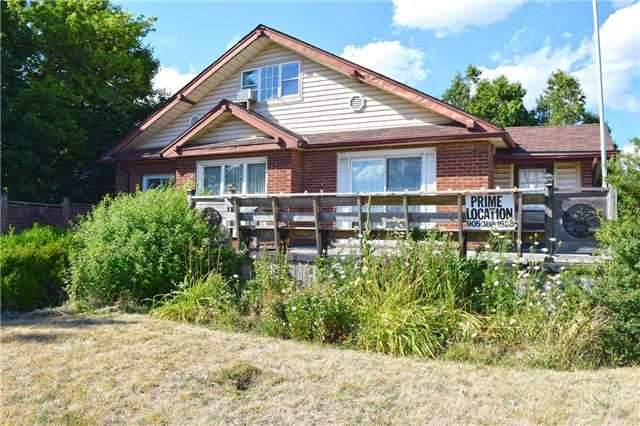 Detached at 1097 Rymal Rd E, Hamilton, Ontario. Image 12