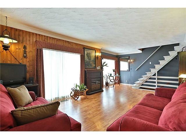 Detached at 1097 Rymal Rd E, Hamilton, Ontario. Image 5