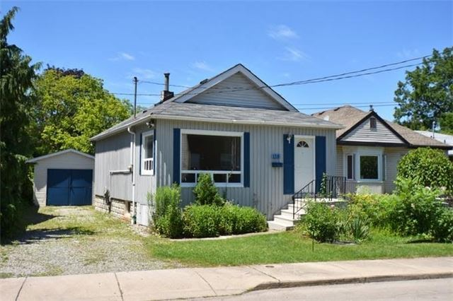 Detached at 118 Hillview St, Hamilton, Ontario. Image 1