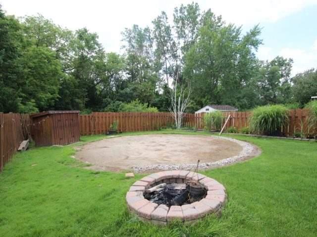 Detached at 7640 Charnwood Ave, Niagara Falls, Ontario. Image 11