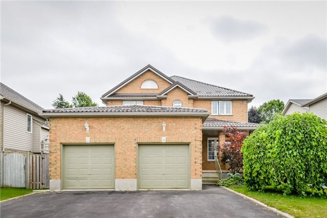 Detached at 220 Deerpath Dr, Guelph, Ontario. Image 1