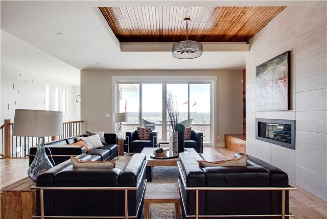 Detached at 463 Patterson Blvd. Sw, Calgary, Alberta. Image 17