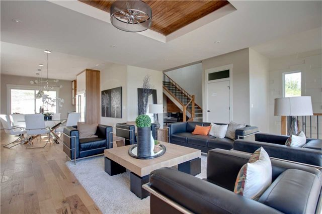 Detached at 463 Patterson Blvd. Sw, Calgary, Alberta. Image 19