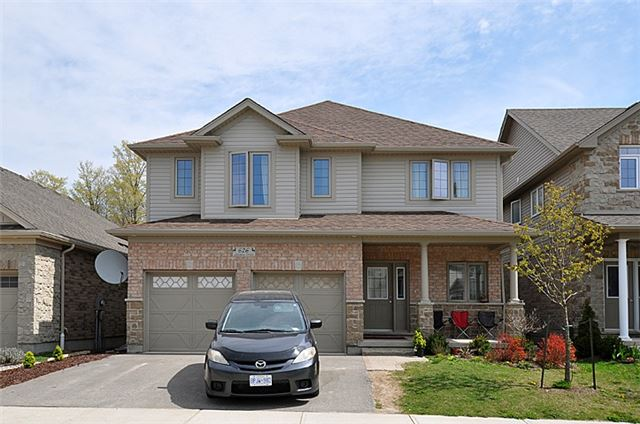 Detached at 626 Sundew Dr, Waterloo, Ontario. Image 1