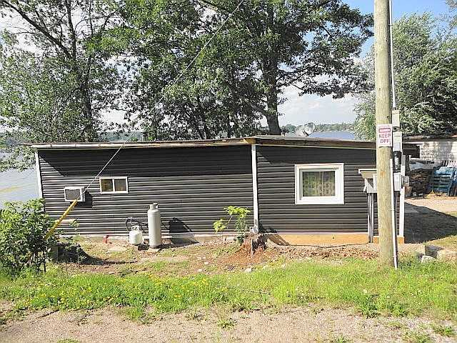 Mobile/Trailer at 42 Oakley Lane, Tweed, Ontario. Image 7