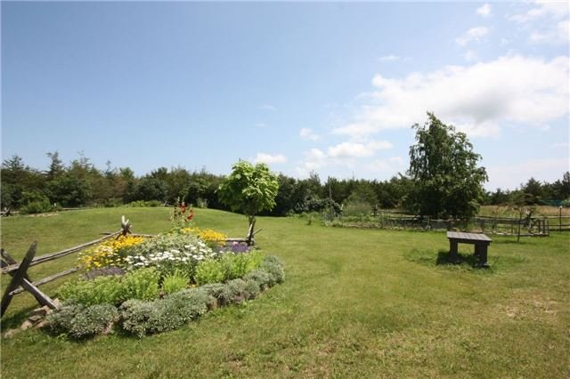 Detached at 45 Colliers Rd, Prince Edward County, Ontario. Image 12