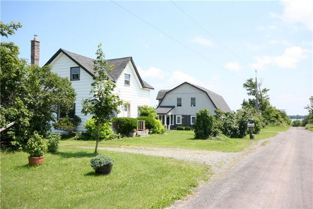 Detached at 45 Colliers Rd, Prince Edward County, Ontario. Image 14