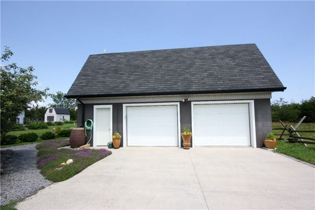 Detached at 45 Colliers Rd, Prince Edward County, Ontario. Image 16