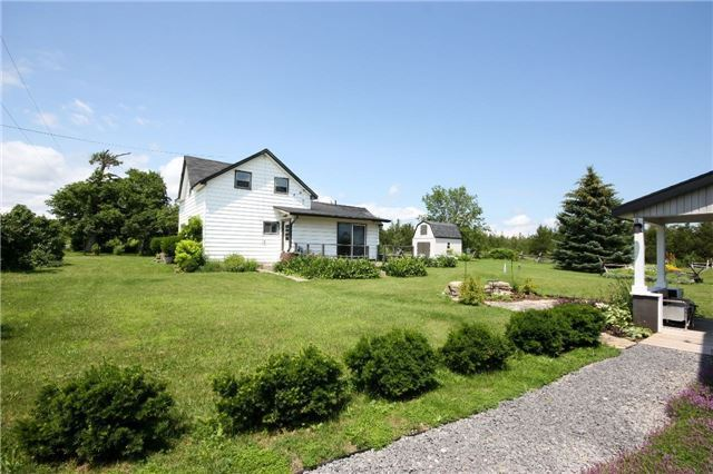 Detached at 45 Colliers Rd, Prince Edward County, Ontario. Image 10