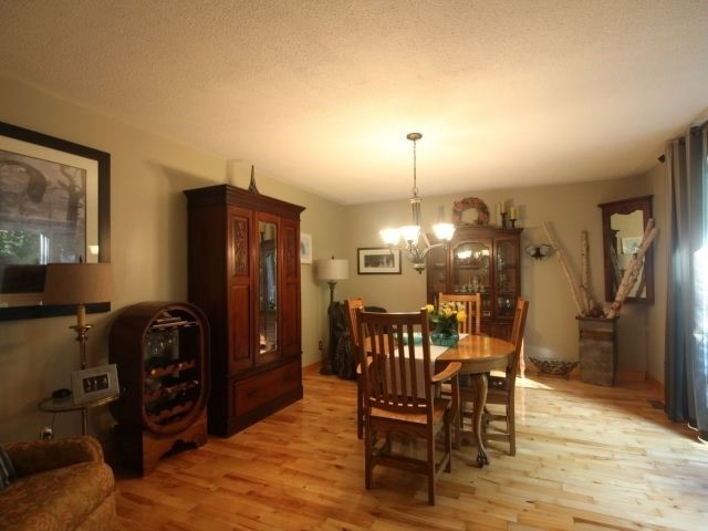 Detached at 494 Griffith St, London, Ontario. Image 13