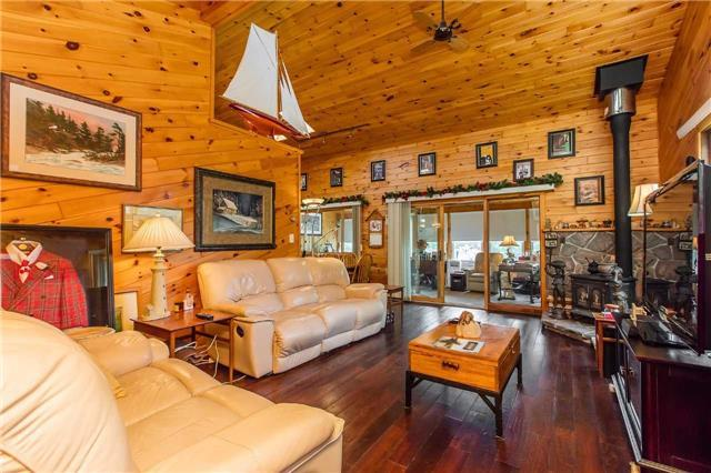 Cottage at 14 Dent Rock Cres, McDougall, Ontario. Image 5