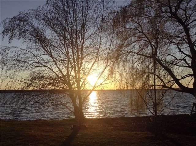 Detached at 42 Pleasant View Cres, Kawartha Lakes, Ontario. Image 13
