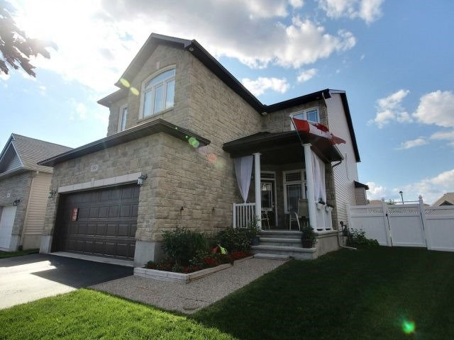 Detached at 390 Mercury St, Clarence-Rockland, Ontario. Image 12