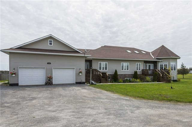 Detached at 2898 County 2 Rd, Prince Edward County, Ontario. Image 1