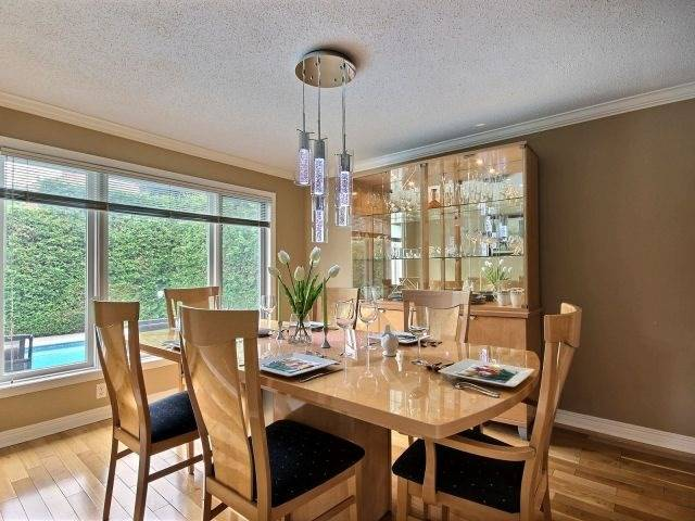 Detached at 1662 Autumn Ridge Dr, Ottawa, Ontario. Image 14