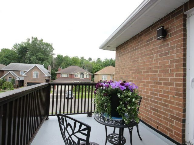 Detached at 1662 Autumn Ridge Dr, Ottawa, Ontario. Image 11