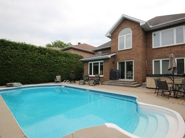 Detached at 1662 Autumn Ridge Dr, Ottawa, Ontario. Image 12