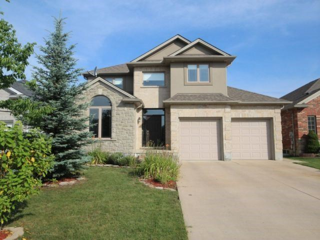 Detached at 2072 Westpoint Hts, London, Ontario. Image 1