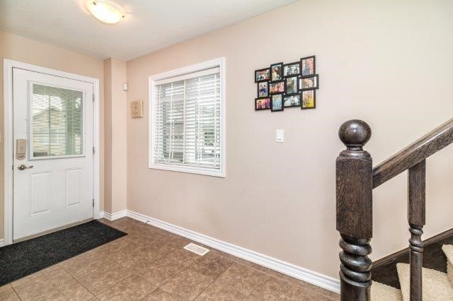Detached at 77 Avery Cres, Unit 4, St. Catharines, Ontario. Image 15