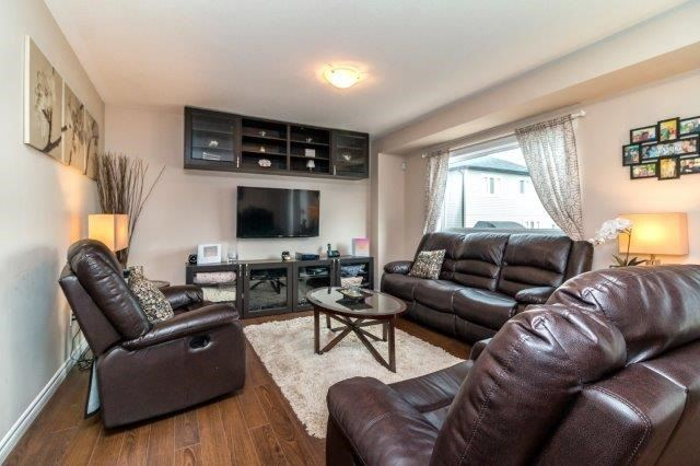 Detached at 77 Avery Cres, Unit 4, St. Catharines, Ontario. Image 16