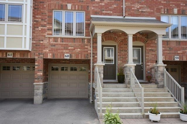 Townhouse at 6 Chestnut Dr, Unit 60, Grimsby, Ontario. Image 1