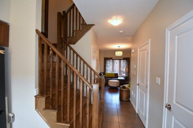 Townhouse at 6 Chestnut Dr, Unit 60, Grimsby, Ontario. Image 10